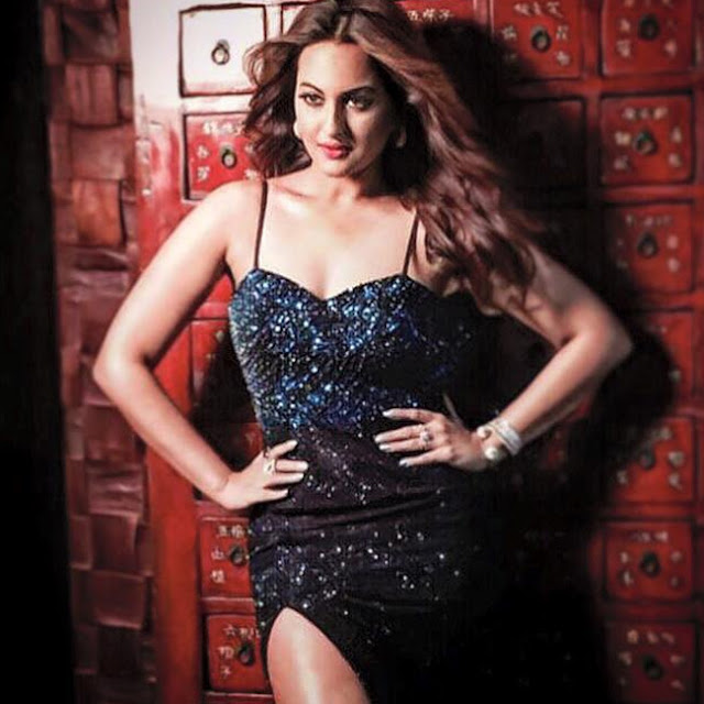 Sonakshi Sinha's magical eyes are casting a spell on our souls.
