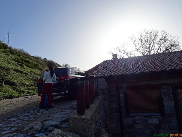Iniciamos la ruta en el pueblo de Valdorria