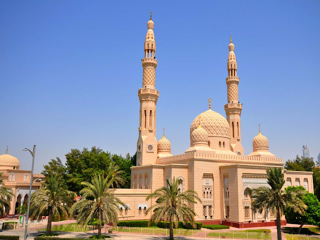 Jumeirah Mosque - 6H3M Dubai SIC by Royal Brunei  **Pay 1 get 1 Free** - Salika Travel