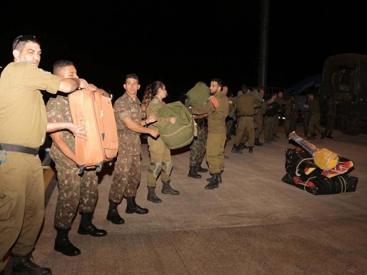 Jornalismo Imparcial  Exército Brasileiro presta apoio logístico aos ... dd114cbc6ec