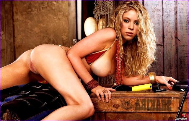 Шакира голая попка