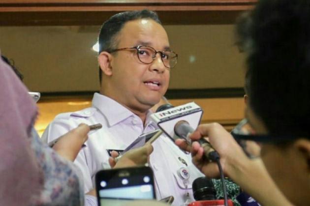 Terlalu !! Anies Izinkan Rumput di Monas Diinjak, Pengamat: Ini Seperti Mengelola Jakarta Sesuka-Sukanya