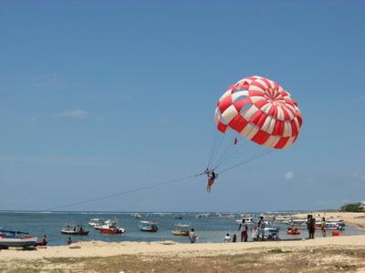 Harga parasailing di Bali murah