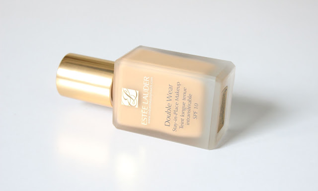 Estee Lauder India, Estee Lauder Double Wear Stay-in-Place Makeup Review, Foundation, Face, Makeup, swatches, estee lauder 3w1 tawny, best foundation for bridal makeup, high end foundation, best foundation for indian skin, Product Review, Makeup Products Review