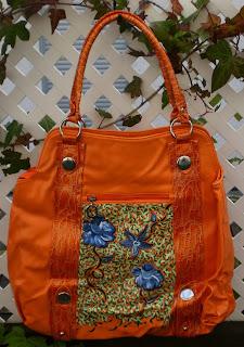 Originales bolsos pintados a mano por Talentox2 Moda.