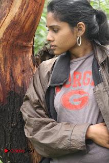 Actress Sawra Syed Pictures in Vithaiyadi Naanunakku Movie  0008