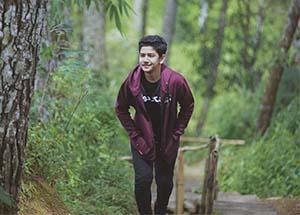 Syakir Daulay Di Hutan