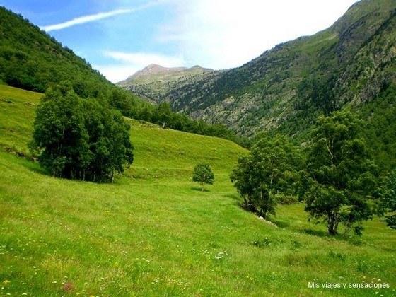 ruta Cascada de noarre, Valle del Cardós, Pirineo Catalán