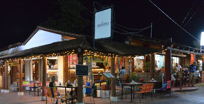 Angustina, Guerrero, Ixtapa, Zihuatanejo, restaurantes en zihuatanejo, restaurantes bonitos en ixtapa zihuatanejo, donde comer en zihuatanejo,