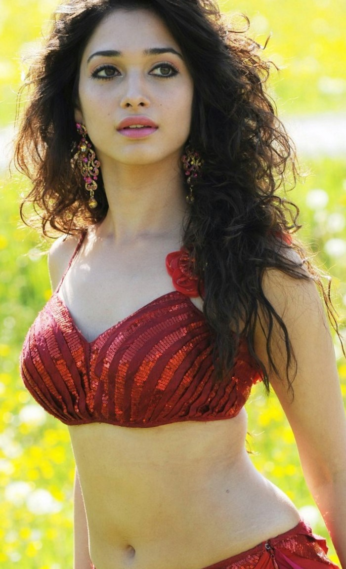 Tamanna Home: Actress Tamanna Latest Hot Pics In Badrinath Movie Gallery