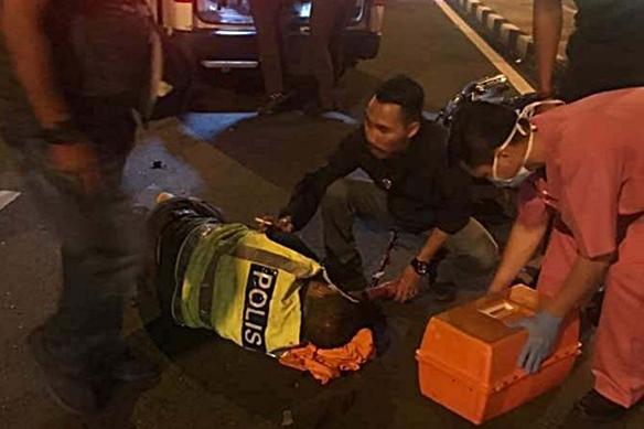 Polis trafik parah dilanggar pemandu mabuk