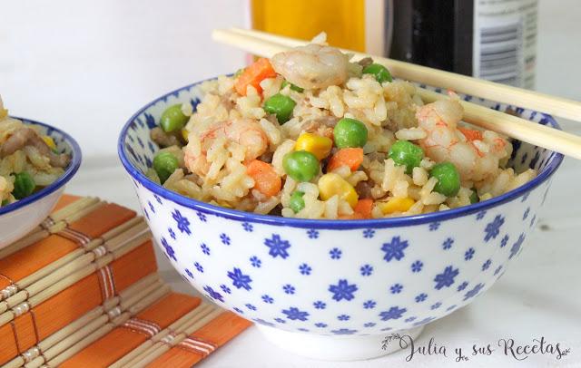 receta-de-arroz-frito-con-gambas-carne-y-verduras