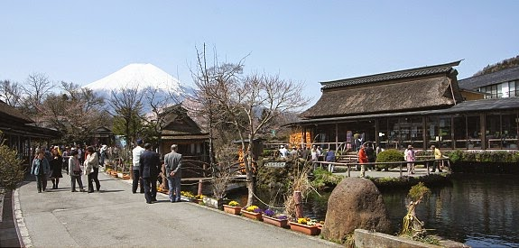 Paket Tour Muslim Jepang 2014
