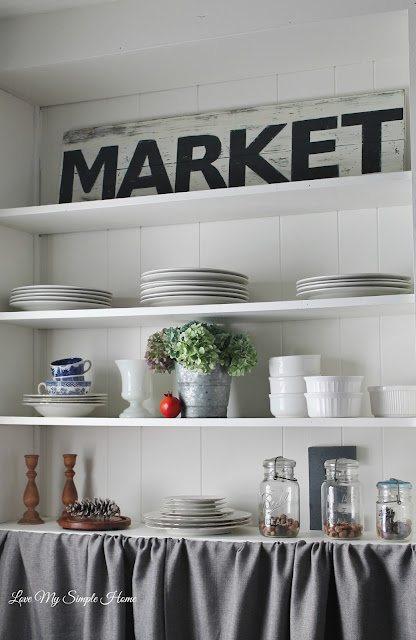 how-to-add-autumn-charm-to-shelves-and-styling-tips/lovemysimplehome.com