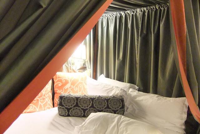 monaco-hotel-bed モナコアキンプトンホテルベッド