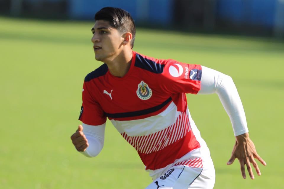 El delantero tiene como objetivo ser el ''hombre gol'' de Chivas.