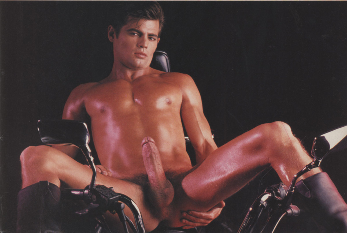 perfect nude twink
