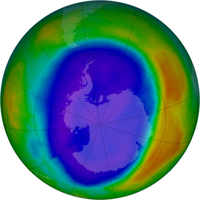 Lỗ thủng tầng ozone được mở rộng cực đại vào năm 2000 với diện tích lên tới 24 triệu km. Credit : NASA.
