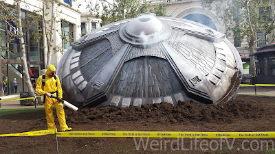 """Crashed"" UFO at The Grove"