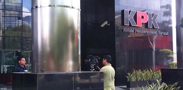 Suap Krakatau Steel, KPK Periksa Direktur Keuangan PT Grand Kartech