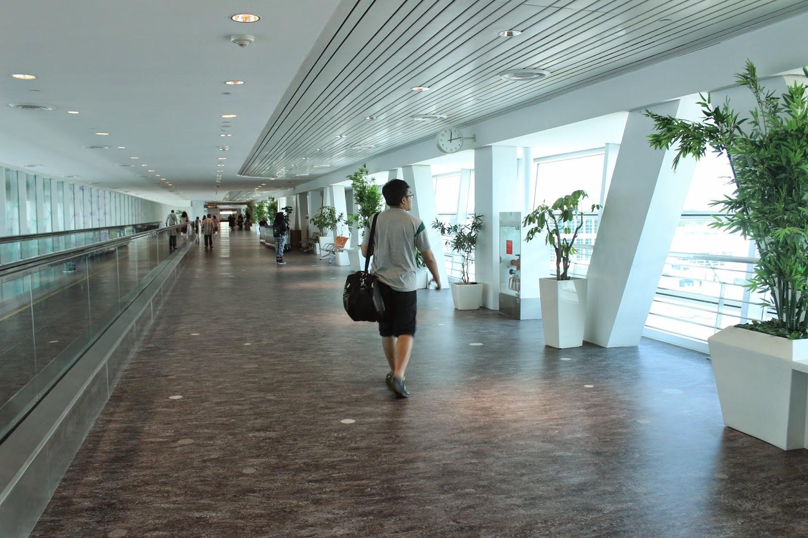 Bandar Udara Internasional Soekarno-Hatta - Wikipedia