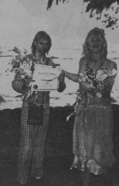 Rare Photos Of Courtney Love And Kurt Cobain On Their