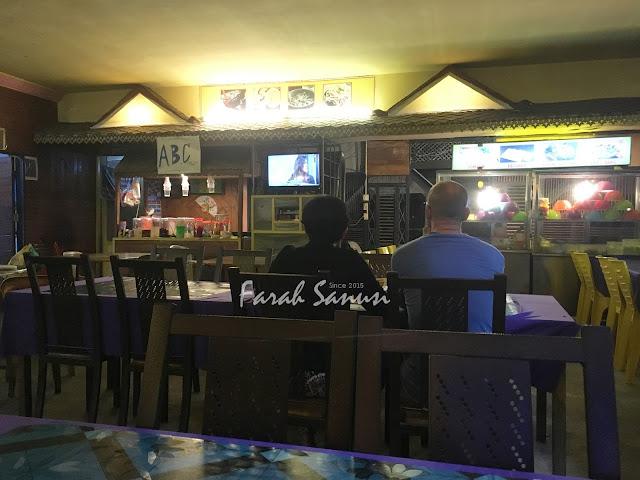 Makan Malam di Restoran Airport Corner, Langkawi