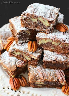 Brownie z Orzechami Pekan (Ciasto Czekoladowe z Pekan) - Przepis - Słodka Strona
