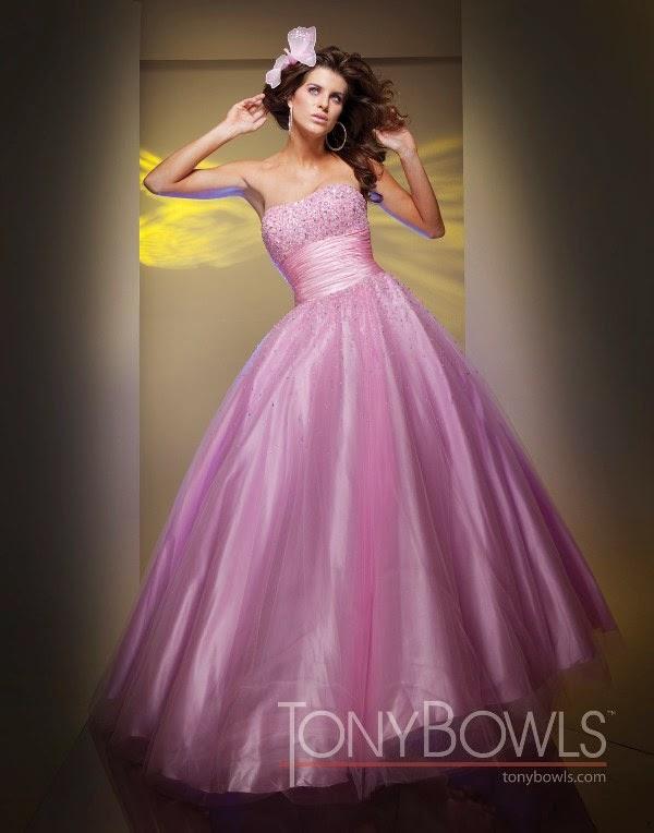 Modernos vestidos de 15 años para niñas | Vestidos de fiesta para ...