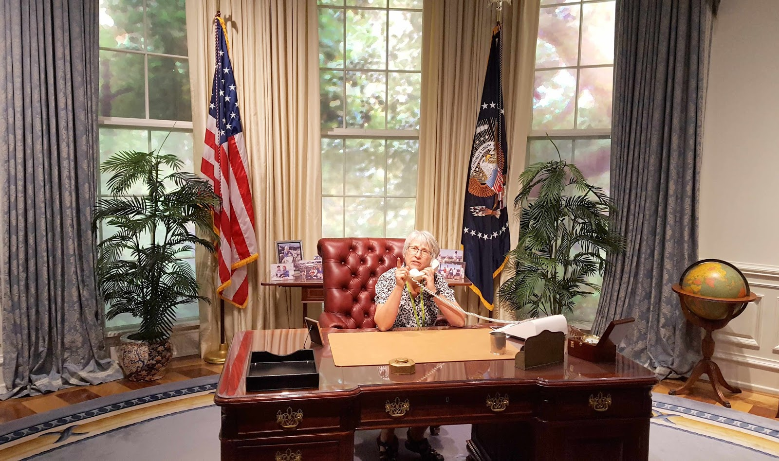 where is the oval office. That\u0027s Where The President Kept His Baseball Mitt In Case There Was A Pick-up Game Of Ball Out On South Lawn. Is Oval Office V