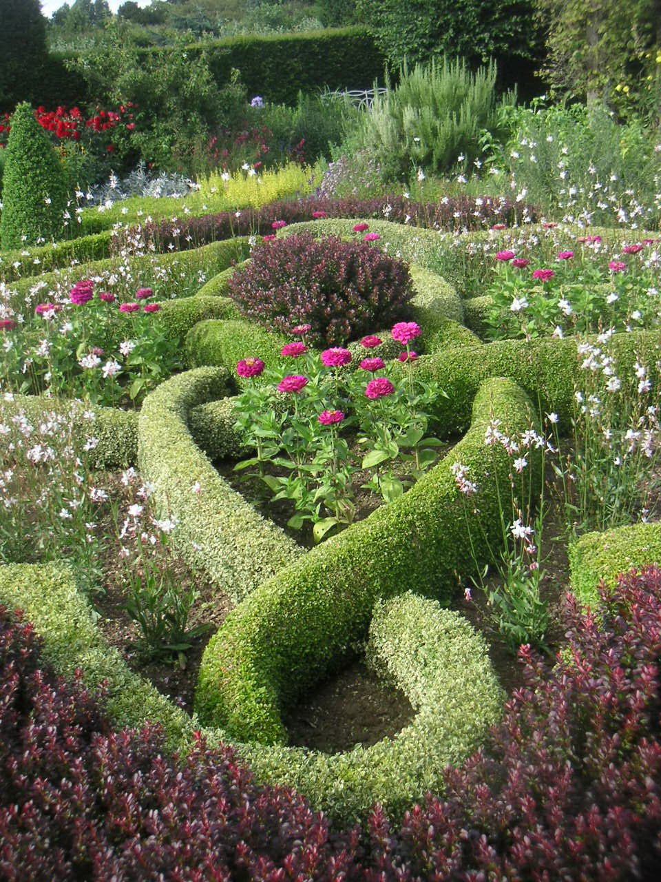 Tabatha Yeatts: The Opposite Of Indifference: Knot Gardens