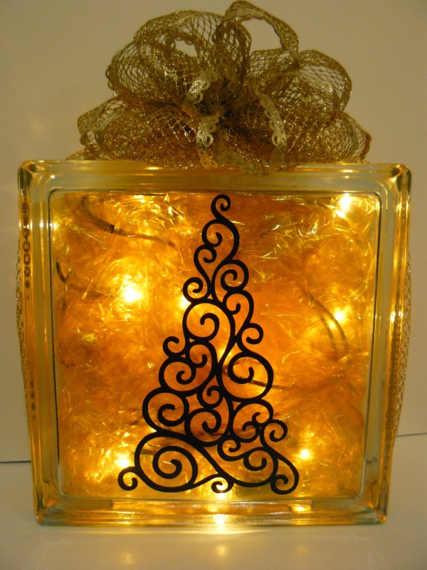 Scrappin Dhilly Papercrafts By Sukie Christmas Glass Block