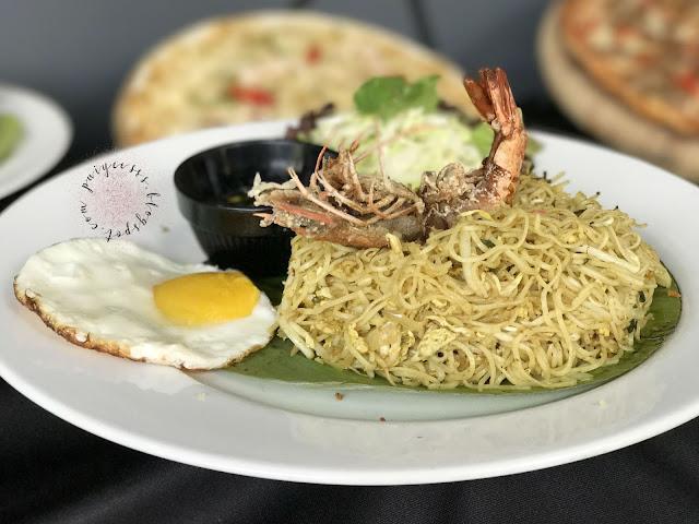 emperor-noodle-egg-prawn