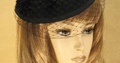 Hattu tuo tyyliisi ripauksen vanhan ajan Hollywoodia