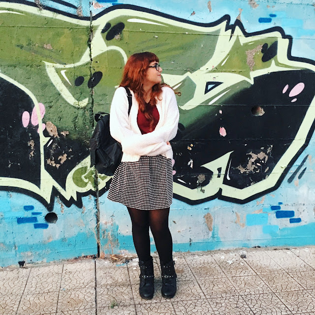 zaira d'urso zairadurso fashion's obsessions fashion blog fashion blogger italia influencer igers sicilia catania grunge girl grunge style how to be grunge outfit autunnale outfit vintage idee per l'autunno come vestirsi in autunno per la città idee outfit gonna pied de poule come indossarla come indossare una gonna a ruota in un look grunge