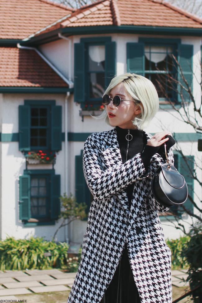 Japanese Fashon Blogger,MizuhoK,20190317,OOTD,BANGGOOD.com=Houndstooth coat,SheIn=high neck ring top, velvet deep green skirt,Rakuten=studs flat pumps, FLINT BY FOXLANE COLLECTIVE= round mini bag, zeroUV=round sunglasses