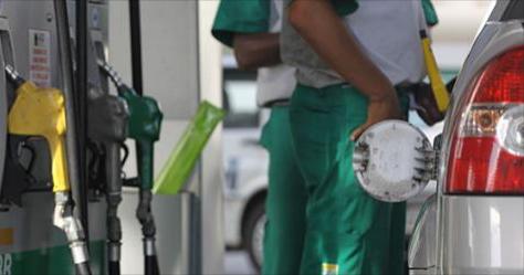 Petrobras anuncia redução do preço da gasolina e do diesel a partir de sábado (15)