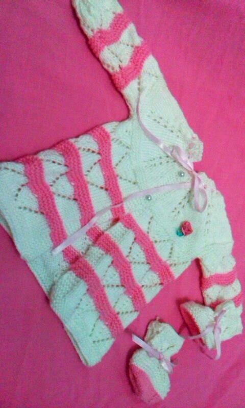 Receita Casaquinho e Sapatinho Bebê Branco e Rosa
