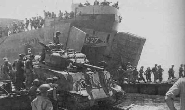 negara boneka dan ingin mengembalikan kekuasaan Belanda atas Indonesia Rangkuman Agresi Militer Belanda 1 Singkat dan Lengkap