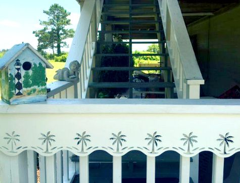 Wave House and Porch Trim