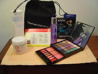 Blush Mystery Beauty Box June 2014.jpeg