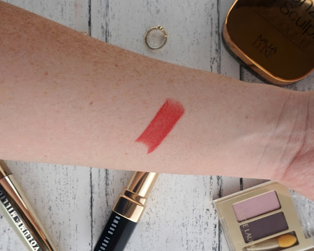 beauty, blogger, bobbi brown, hannah rose, hanrosewilliams, Lipstick. Vintage Red for Balthazar, review,