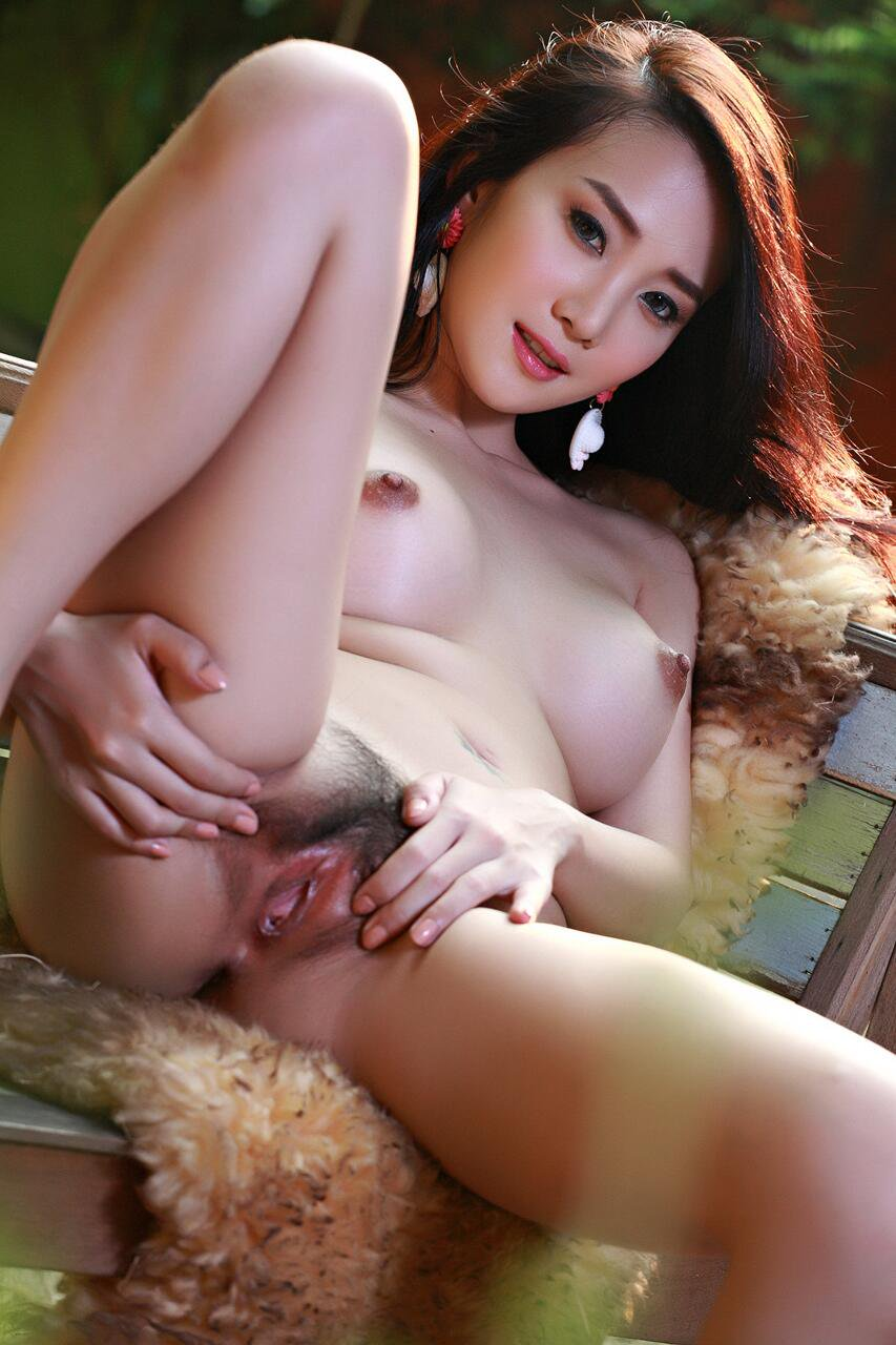 Artis Artis Indo Porn - Naked Photo-1608