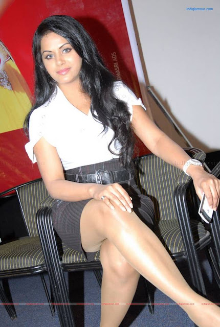 Rachana Maurya hot dress