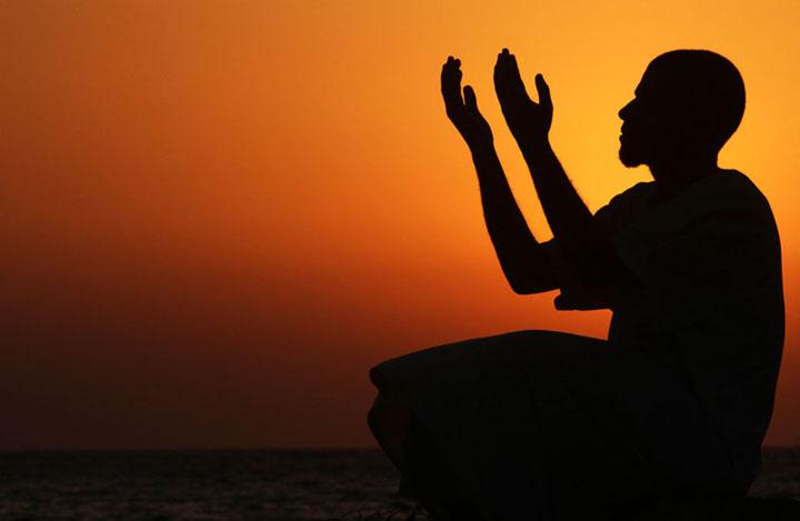 ramazan ayı resimleri dua ederken