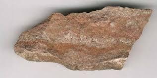 فوائد و استعمالات الصخور الرسوبيّة
