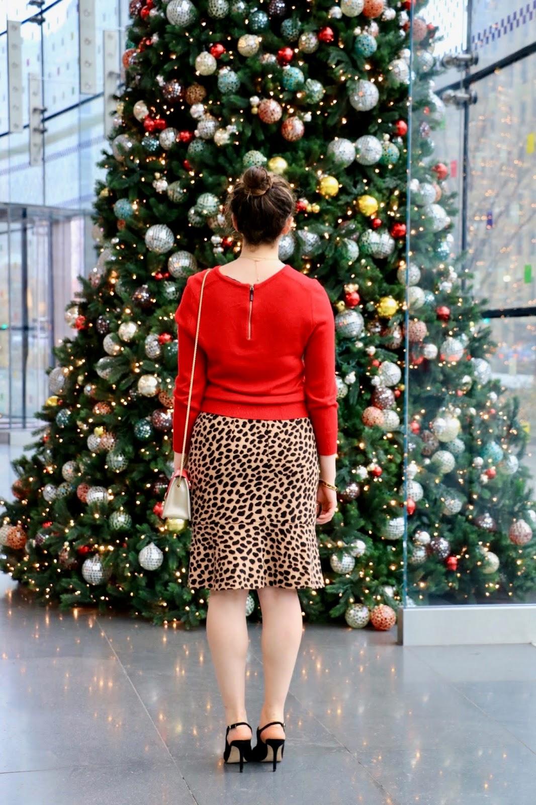 Nyc fashion blogger Kathleen Harper at Brookfield Place's Christmas tree