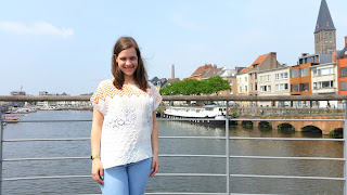 (Clothes & Dreams) OOTD: Sun's out!: Zara tee, Casio watch, Pull & Bear jeans