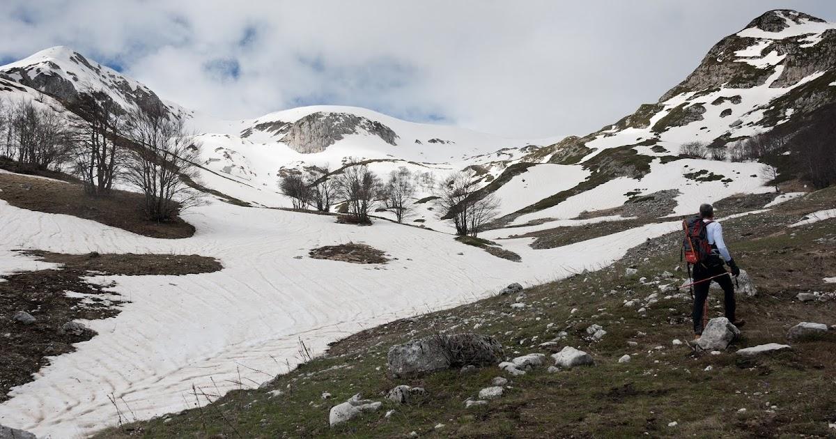 Zlatorog l 39 escursionista propone la montagna dispone for Piani di montagna moderni