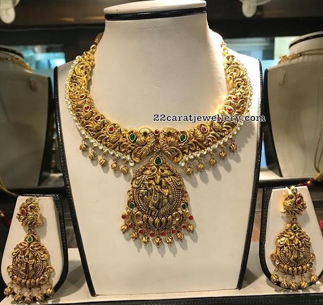 Peacock Nakshi Choker with Radha Krishna Pendant